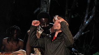 Aurelio sem nyerhet mindig, Madár lett a dzsungel királya!