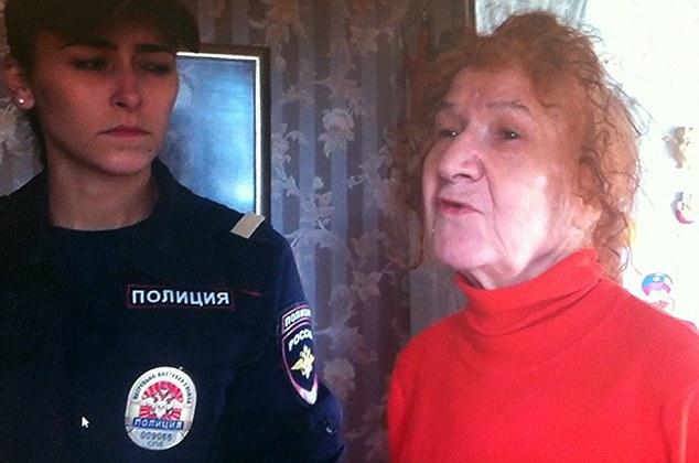 Folytatódik az őrült, orosz darabolós nagymama története!
