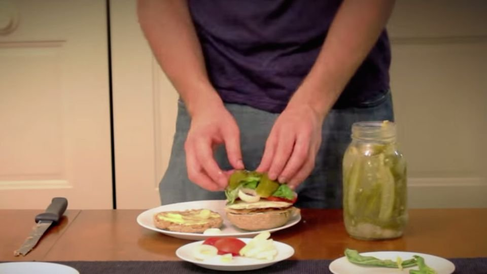 Ez az ember hat hónapot töltött azzal, hogy elkészítsen egy szendvicset