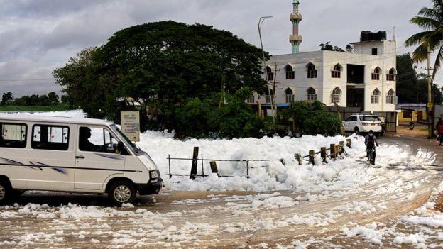 Mérgező hó esik egy indiai városban