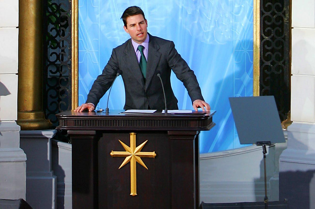 Jim Carrey exbarátnőjét is beszippantotta a celebek vallási szektája