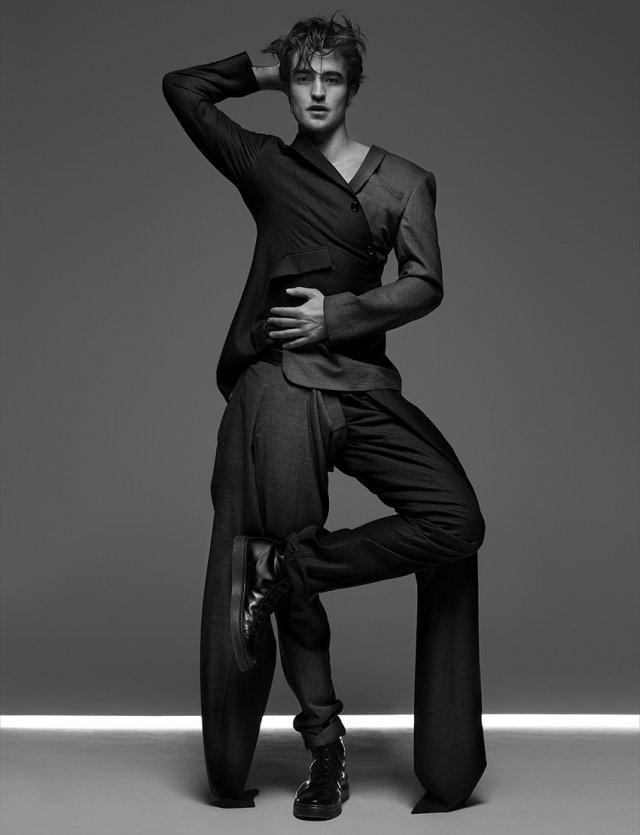 Robert Pattinson hihetetlen dolgot árult el