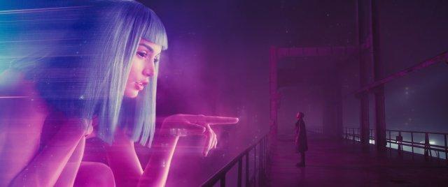 Blade Runner 2049 kritika: újra szárnyal a fejvadász